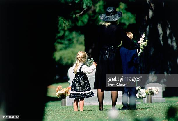 death in the family - funeral stock pictures, royalty-free photos & images