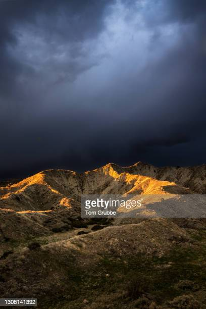 death storm - tom grubbe stock pictures, royalty-free photos & images