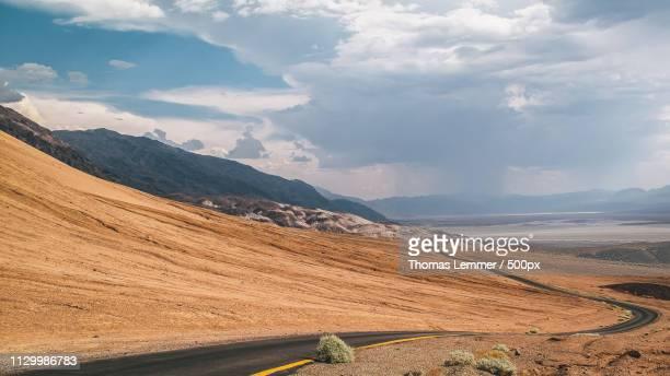 death valley national park - ウエスタン映画 ストックフォトと画像