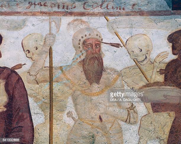 Death with the warrior , detail from The Dance of Death fresco by Simone II Baschenis , San Vigilio church, Pinzolo, Trentino-Alto Adige. Italy, 16th...