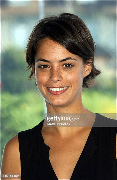 Deauville film festival Brian Helgeland presents his movie A knight's tale Berenice Bejo in Deauville France on September 01 2001