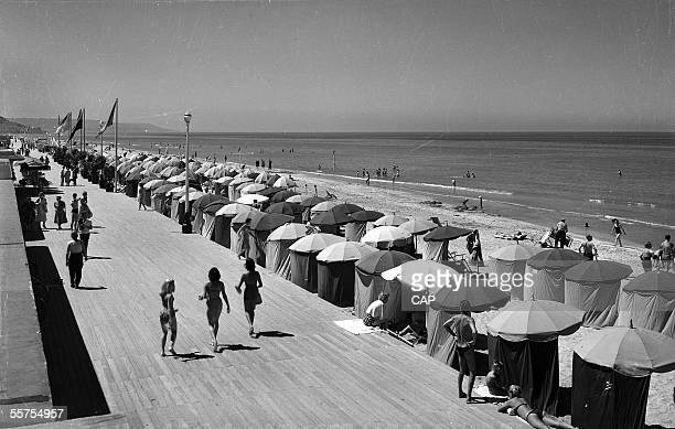Deauville The beach and boards 1960's CAP2204