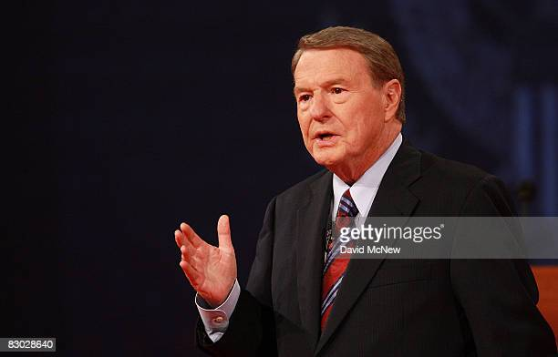 Debate moderator Jim Lehrer speaks during the first of three presidential debates before the 2008 election September 26 2008 in the Gertrude...