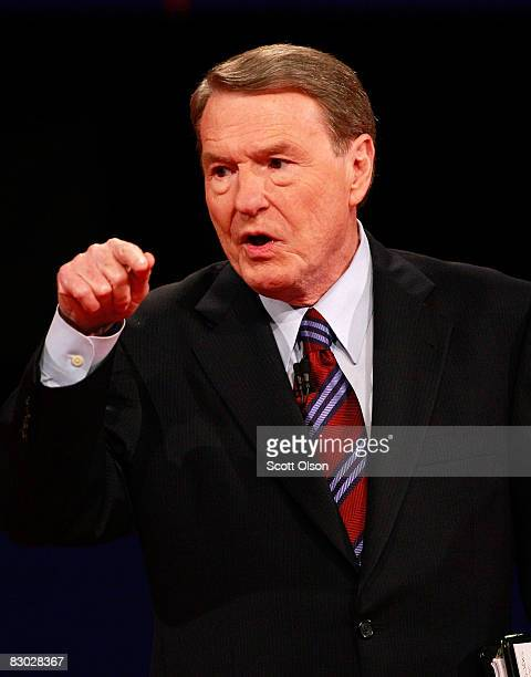 Debate moderator Jim Lehrer speaks prior to the start of the first of three presidential debates before the 2008 election September 26 2008 in the...