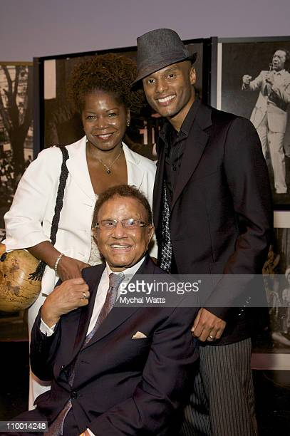 Debbie Jackson Hal Jackson and Kenny Lattimore attend an evening honoring Hal Jackson at the Apollo Theater on November 6 2008 in New York City