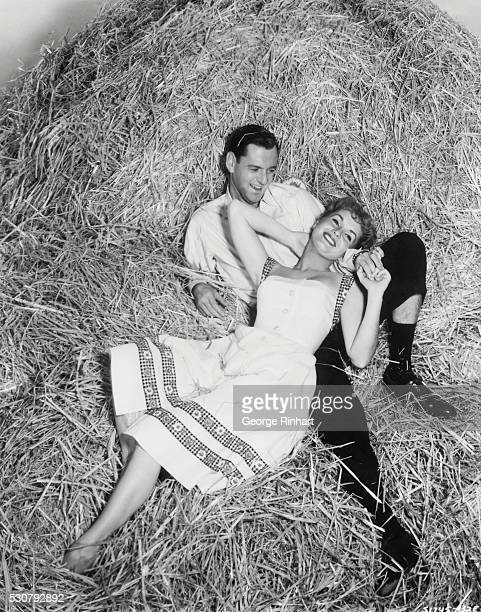 Debbie Reynolds plays farmers' daughter in The Mating Game 1959 with Tony Randall