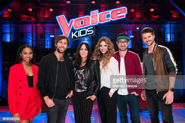 Debbie Schippers Mark Forster singer Nena her daughter Larissa Kerner Max Giesinger and Thore Schoelermann pose during the 'The voice Kids' photo...