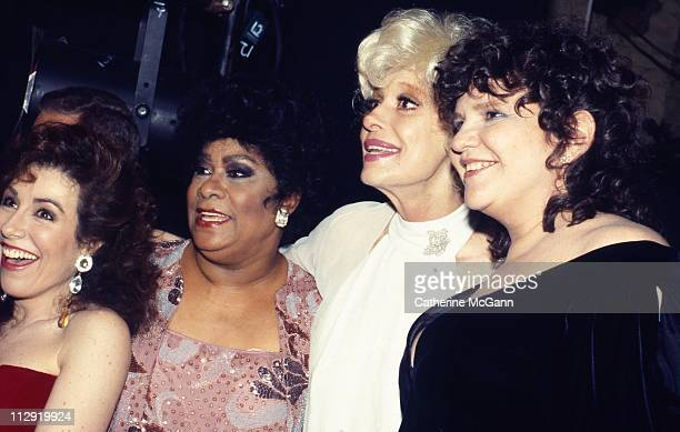 Debbie Shaprio Ruth Brown Carol Channing and Wendy Wasserstein at the 43rd Annual Tony Awards on June 4 1989 at the LuntFontanne Theater in New York...
