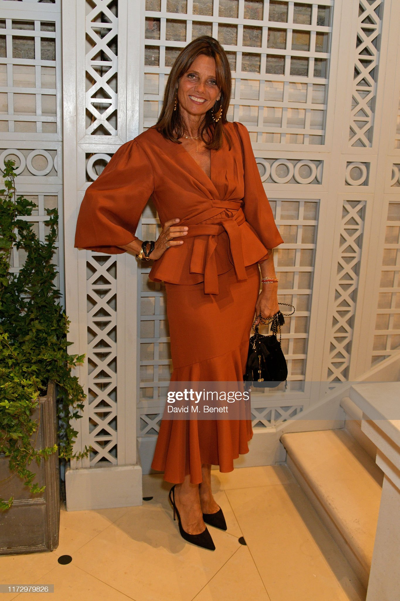 https://media.gettyimages.com/photos/debbonnaire-von-bismarck-attends-the-dior-sessions-book-launch-on-01-picture-id1172979826?s=2048x2048