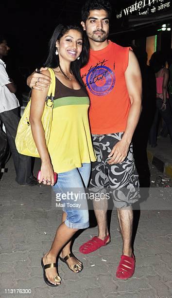 Debina with husband Gurmeet Chaudhary at Kushal Punjabi's birthday bash at Andheri Mumbai on April 25 2011