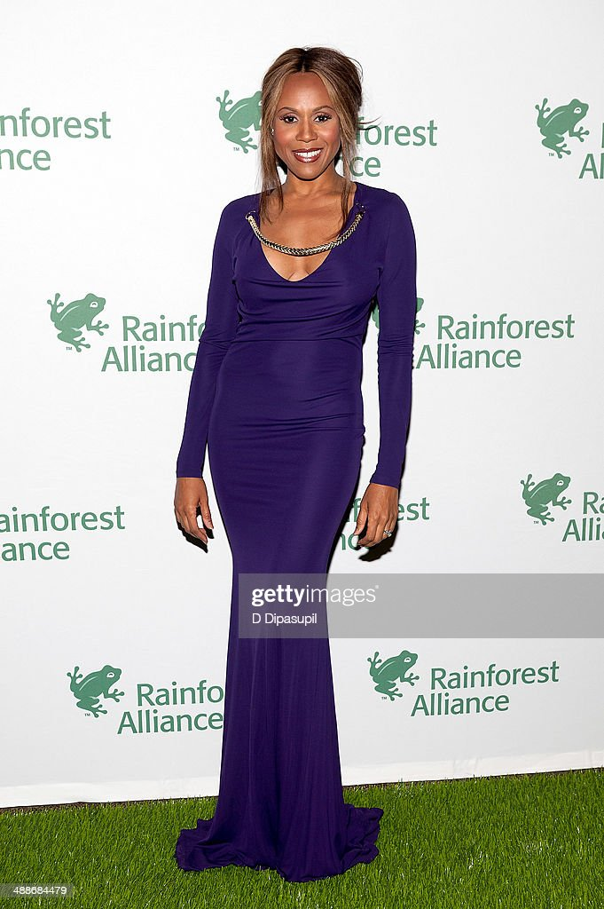 Deborah Cox attends the 2014 Rainforest Alliance Gala at the American Museum of Natural History on May 7, 2014 in New York City.