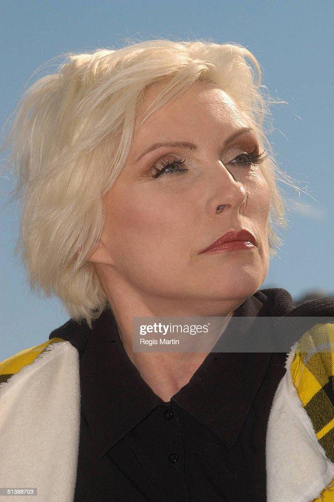 Blondie Blow online photos 40