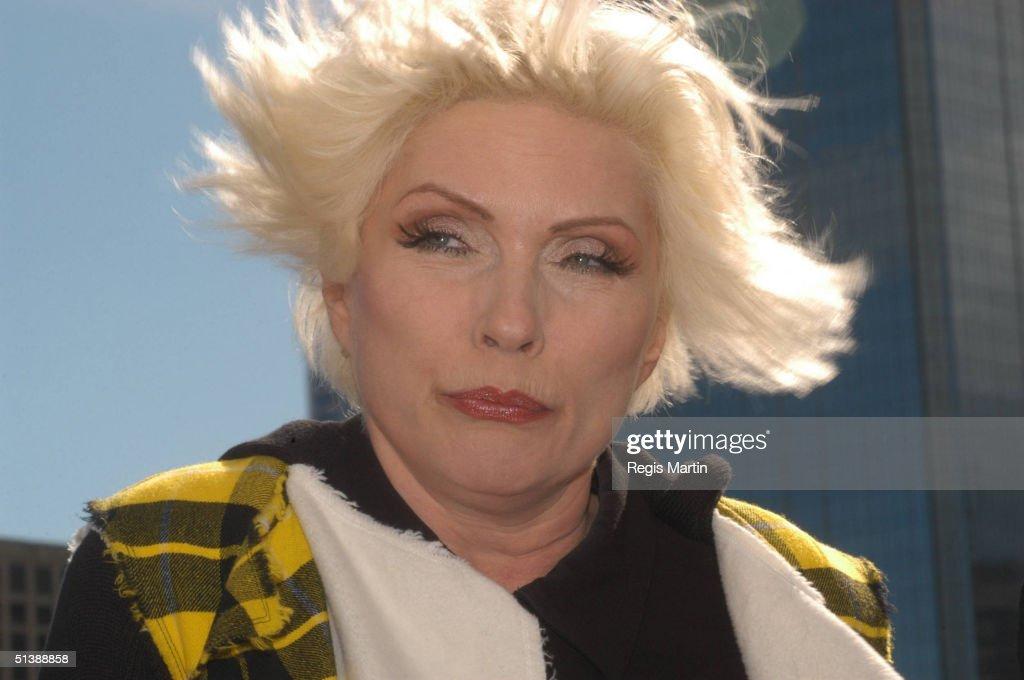 Blondie Blow online photos 25