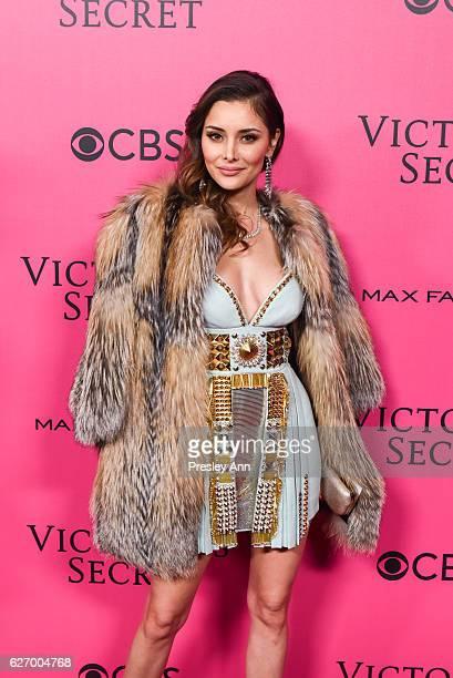 Deborah Hung arrives at 2016 VictoriaÕs Secret Fashion Show held at Le Grand Palais on November 30 2016 in Paris France