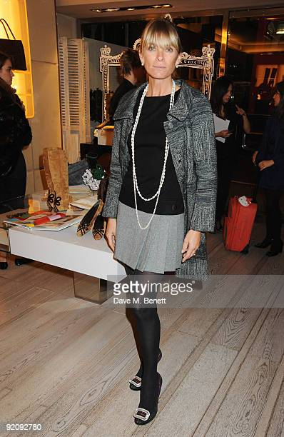 Deborah Leng attends the A Princess To Be A Queen party in aid of Clic Sargent at Roger Vivier on October 20 2009 in London England