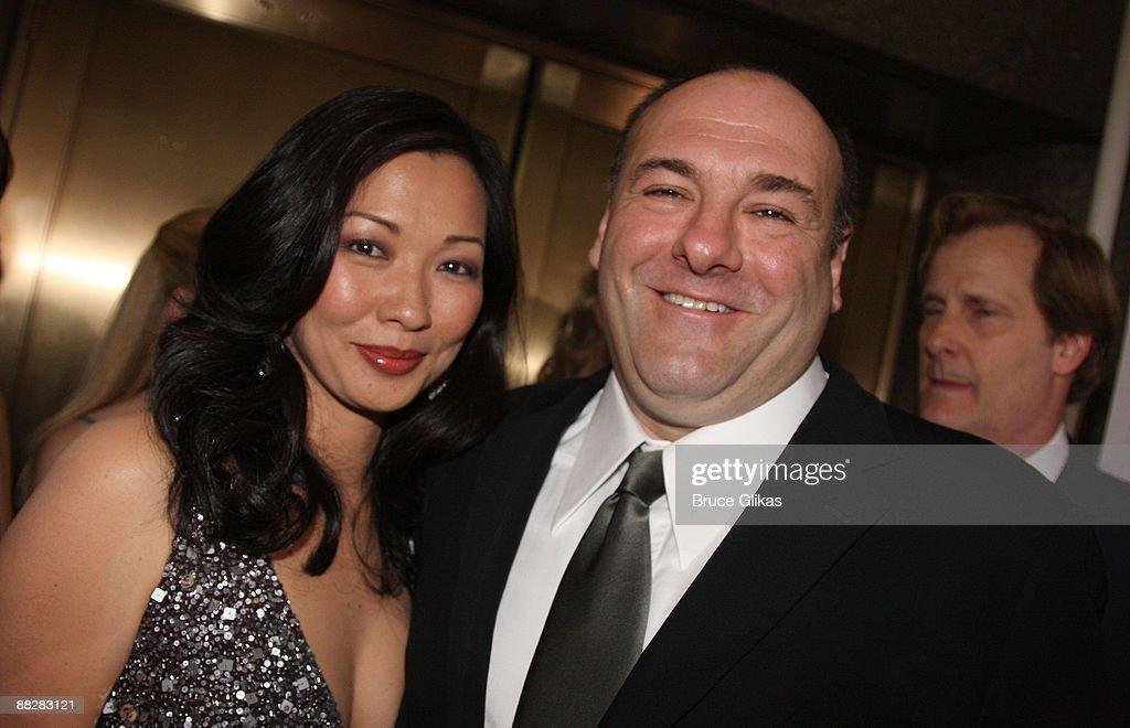 Deborah Lin and actor James Gandolfini attend the 63rd Annual Tony Awards at Radio City Music Hall on June 7, 2009 in New York City.