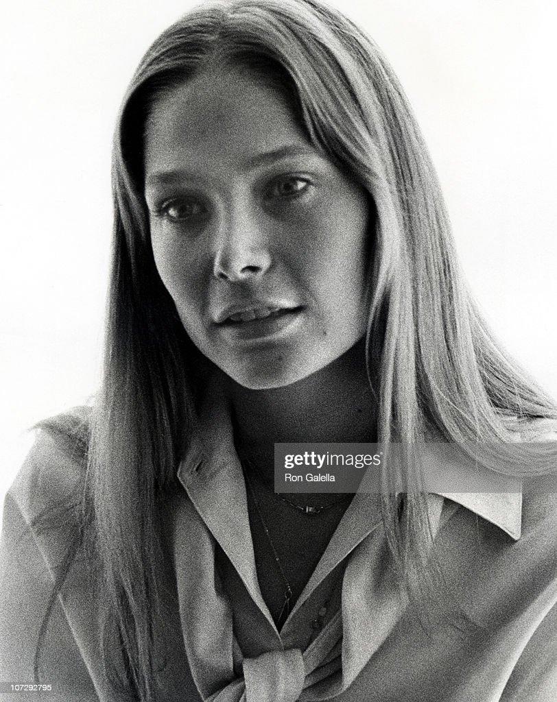 Ottola Nesmith,Allison Rutledge-Parisi Sex tube Mike Berry (born 1942),Rachael Bella