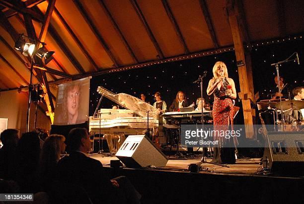 Deborah Sasson , Background-Musiker, Peter Hofmann , Benefiz-Konzert zugunsten von Ex-Star-Tenor P E T E R HOFMANN, Gut Basthorst bei Hamburg,...