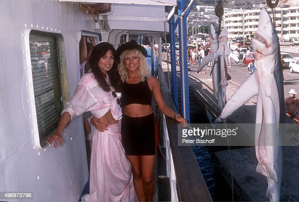'Deborah Shelton Margit Geissler ZDF/Kinofilm ''Zärtliche Chaoten II'' am im Hafen von Puerto Rico auf Insel Gran Canaria Spanien '