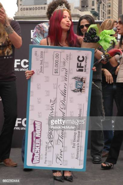 Debra Diamont attends IFC CELEBRATES SEASON 2 OF ROCK WITH AMERICA'S HOTTEST ROCKER MOM CONTEST at Madison Square Park on June 3 2009 in New York