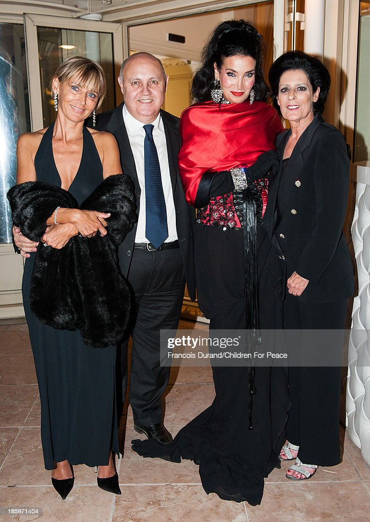 Debra Mace, President of The Children for Peace ONLUS, Lamia Khashoggi, vice president 'Children for Peace' (ONLUS), Alfredo Galullo and guest attend the 'Opera Romeo and Juliette' : Gala to the benefit of the The Children for Peace association, on October 26, 2013 in Monte-Carlo, Monaco.