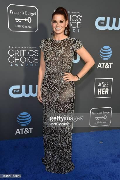 Debra Messing attends The 24th Annual Critics' Choice Awards at Barker Hangar on January 13 2019 in Santa Monica California