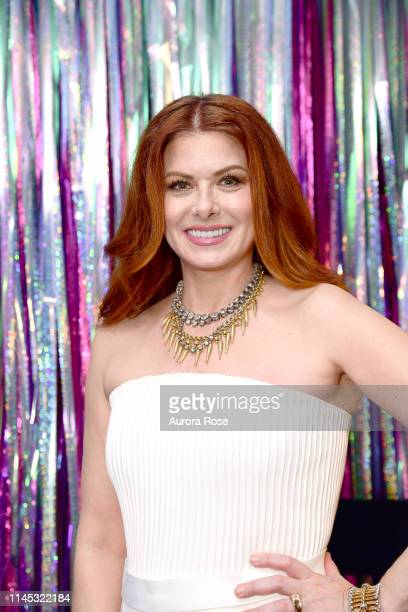 Debra Messing attends the 92nd Street Y Gala at the 92Y on May 20 2019 in New York City
