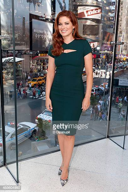 Debra Messing visits Extra at their New York studios at HM in Times Square on September 17 2014 in New York City