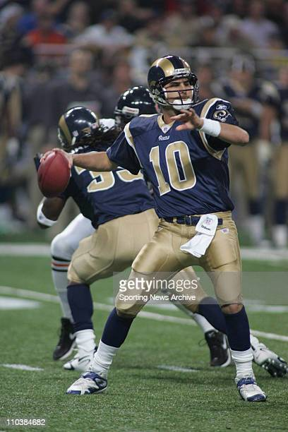 Dec 11 2006 St Louis MO USA The Chicago Bears against the St Louis Rams MARC BULGER in St Louis MO Monday December 11 2006 The Bears won 4227