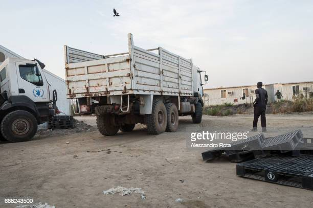 Dec. 12 2014 - daily life at PoC near the WFP storage faciliy. UN base in Bentiu, Unity state - South-Sudan; This area is considered the frontline of...