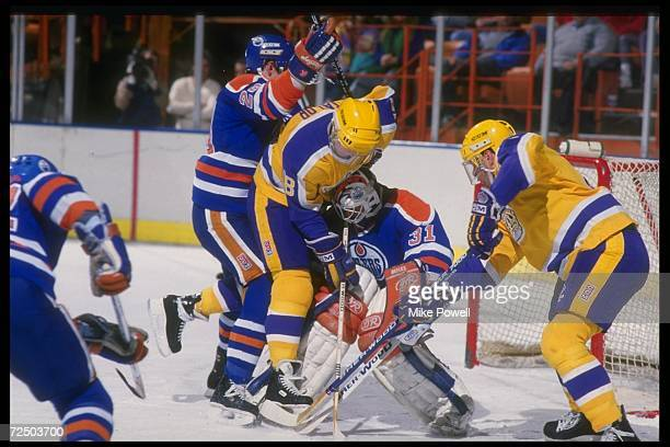 General view of a game between the Edmonton Oilers and the Los Angeles Kings at the Great Western Forum in Inglewood California Mandatory Credit Mike...