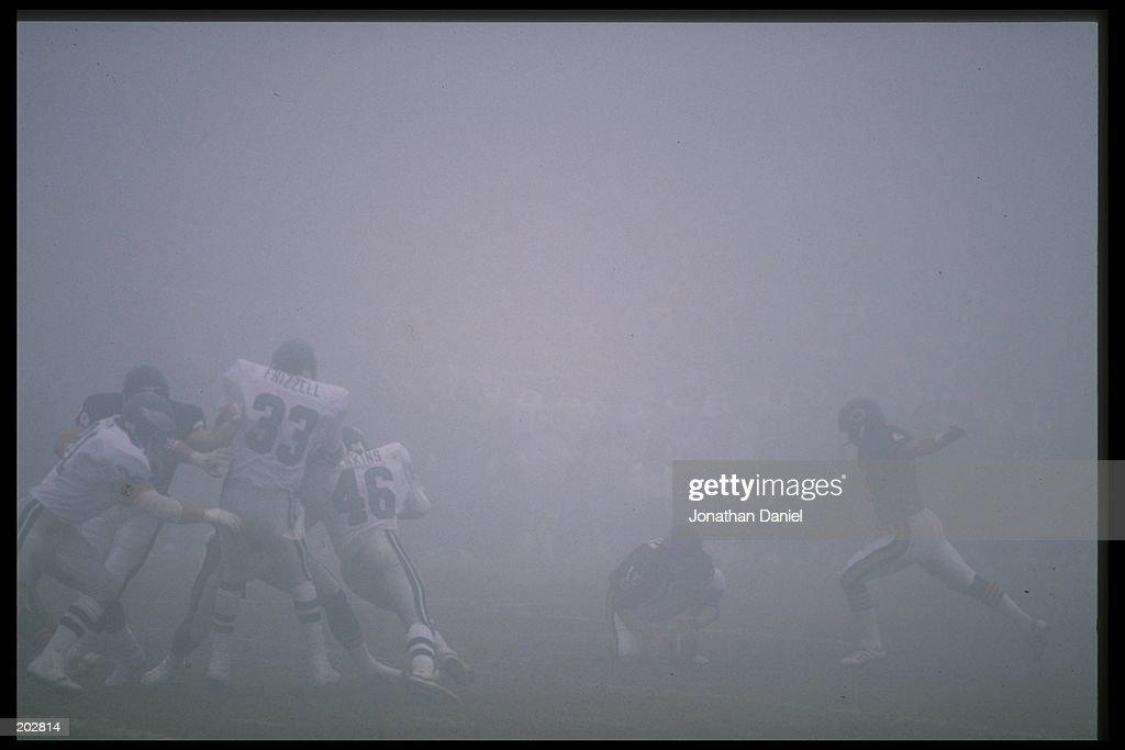Eagles V Bears : News Photo