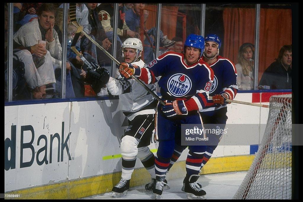 Oilers V Kings : News Photo