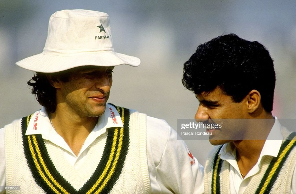 Wasim Akram and Waqar Younis of Pakistan : News Photo
