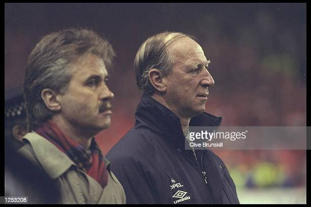 Juust Heddink the manager of Holland stands next to Jack Charlton the manager of the Republic of Ireland before the start of the European...