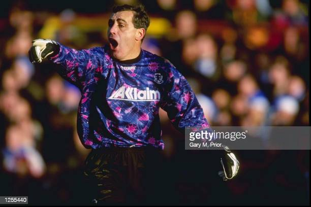 Peter Shilton Leyton Orient goalkeeper in action in his 1000th League game against Brighton The 1st division game ended 20 to Leyton Orient Mandatory...