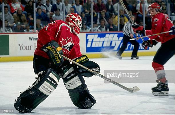 Goallie Roberto Luongo of Team Canada in action during the World Junior Hockey Championships Game against Team Findland at the Winnepeg Arena in...