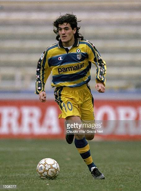 Ariel Ortega of Parma in action during the Serie A match against Torino played at the Stadio Tardini in Parma Italy Parma won the game 41 Mandatory...