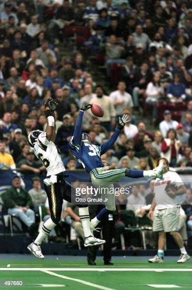 Merton Hanks Of The Seattle Seahawks Misses The Catch As