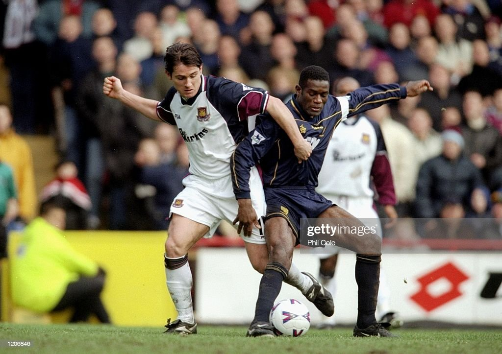 Robbie Earle of Wimbledon   Frank Lampard of West Ham : News Photo