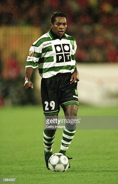 Cesar Prates of Sporting Lisbon on the ball during the Portuguese League match against Benfica at the Stadium of Light in Lisbon Portugal Pic Nuno...