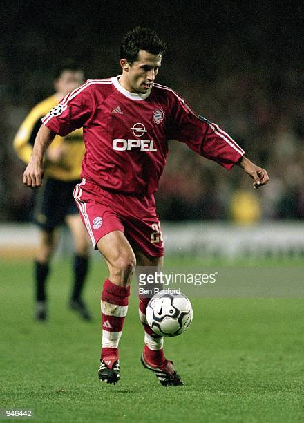 Hasan Salihamidzic of Bayern Munich embarks on a run forward during the UEFA Champions League Group C match against Arsenal played at Highbury in...
