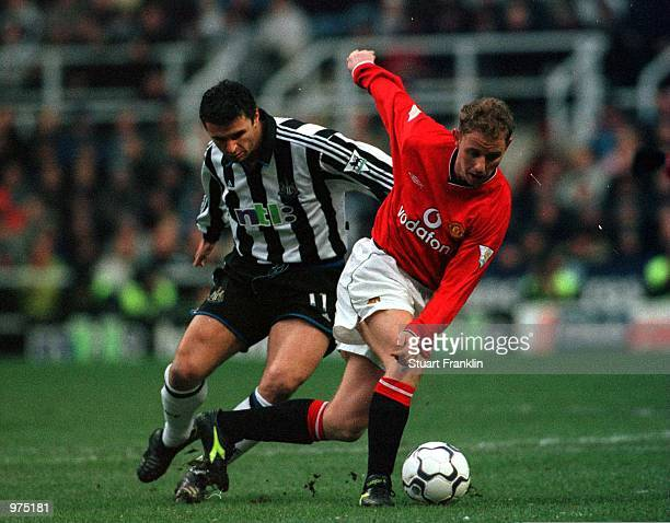 Nicky Butt of Man Utd battles with Gary Speed of Newcastle during the Newcastle United v Manchester United FA Carling Premiership match at St James's...