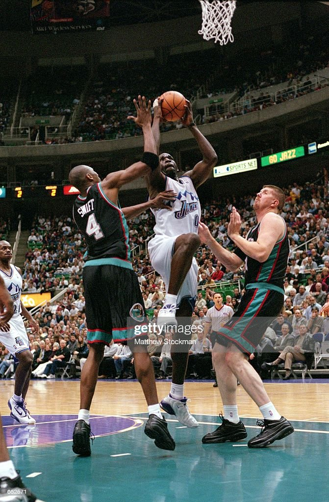 Olden Polynice Of The Utah Jazz Jumps To Shoot The Ball As Stromile News Photo Getty Images