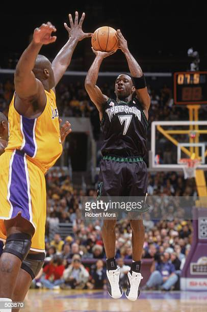 Point guard Terrell Brandon of the Minnesota Timberwolves shoots a jump shot during the NBA game against the Los Angeles Lakers at the Staples Center...