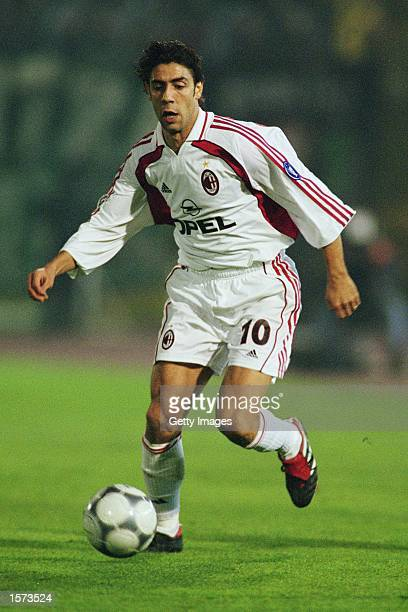 Rui Costa of AC Milan in action during the UEFA Cup 3rd round 2nd leg match against Sporting Lisbon at the Jose Alvalade Stadium in Lisbon Portugal...
