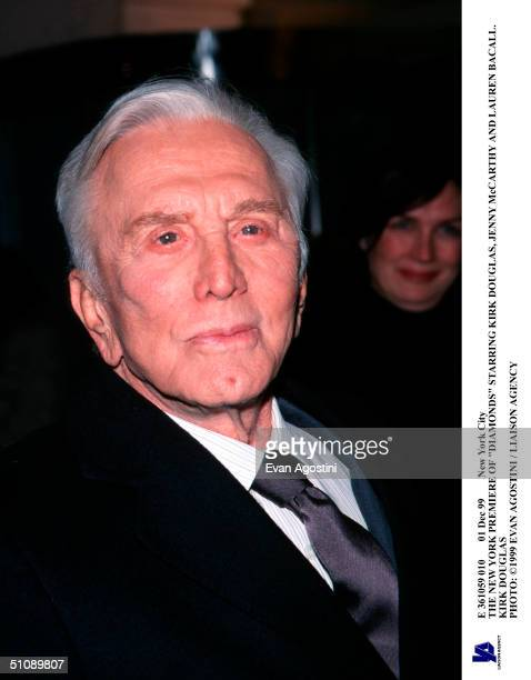 Dec 99 New York City The New York Premiere Of Diamonds Starring Kirk Douglas Jenny Mccarthy And Lauren Bacall Kirk Douglas