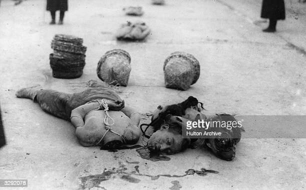 Decapitated body of a victim of the 1912 Revolution in China