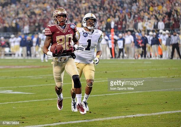Florida State Seminoles wide receiver Rashad Greene walks in with ease for a touchdown during the ACC Championship game at Bank of America in...