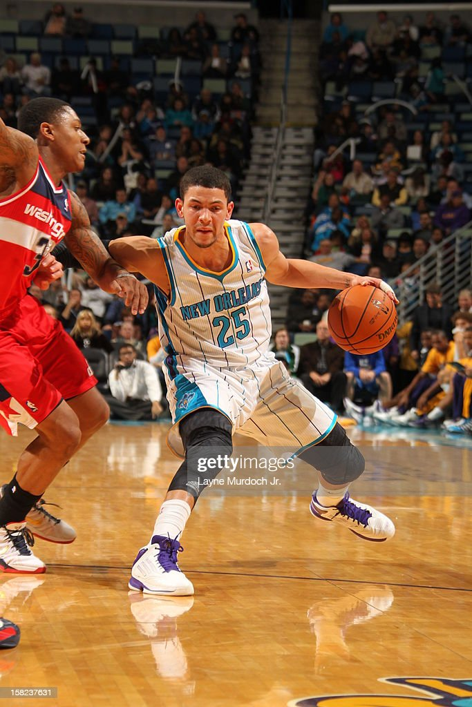 Austin Rivers #25 of the New Orleans Hornets drives to the basket against the Washington Wizards on December 11, 2012 at the New Orleans Arena in New Orleans, Louisiana.